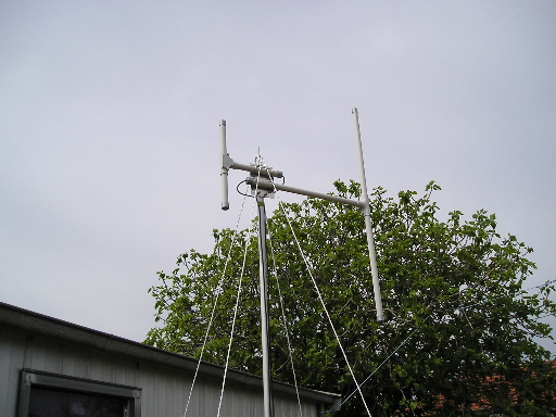 Coaxial dipoles on 2m - 70cm